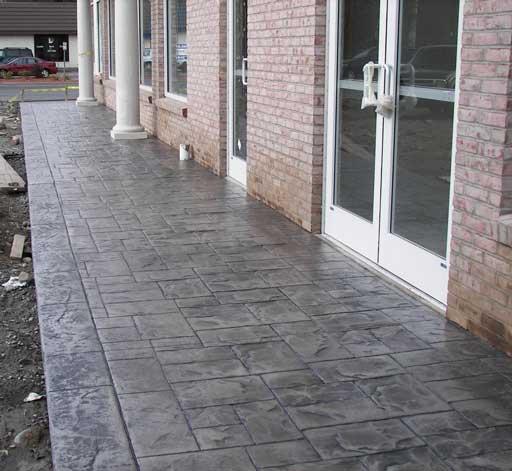 Allee en beton imprime